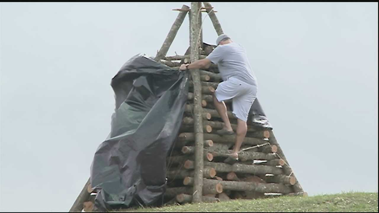 Groups are preparing for the Christmas Eve bonfires in Louisiana's river parishes.