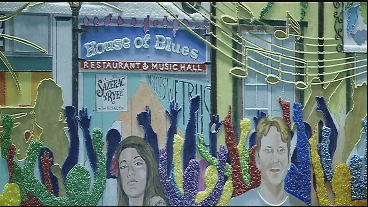 New Orleans resident Stephan Wanger is building the largest beaded mosaic made of Mardi Gras beads to feature the French Quarter.