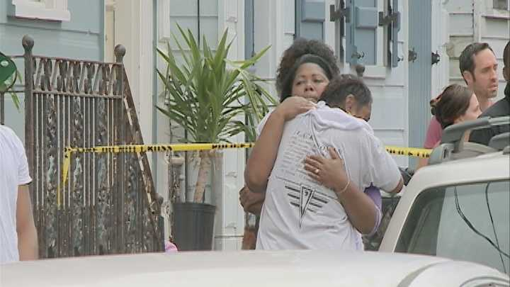 WDSU News crews witnessed several people at the scene of a body that was discovered inside a bag in the Bywater crying and consoling one another. However, details about the incident weren't immediately released.