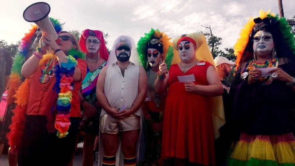 New Orleans Pride 2016 honors victims of Orlando shooting before parade
