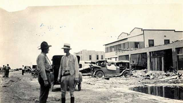 2. Okeechobee Hurricane (1928) -- In South Florida, at least 2,500 were killed when a storm surge from Lake Okeechobee breached the dike surrounding the lake, flooding an area covering hundreds of square miles.
