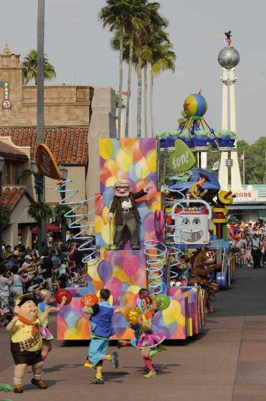 Pixar Pals Countdown to Fun parade at Hollywood Studios