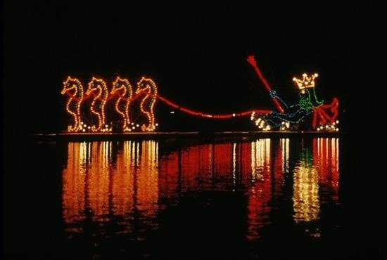 Electrical Water Pageant in the Seven Seas Lagoon and Bay Lake