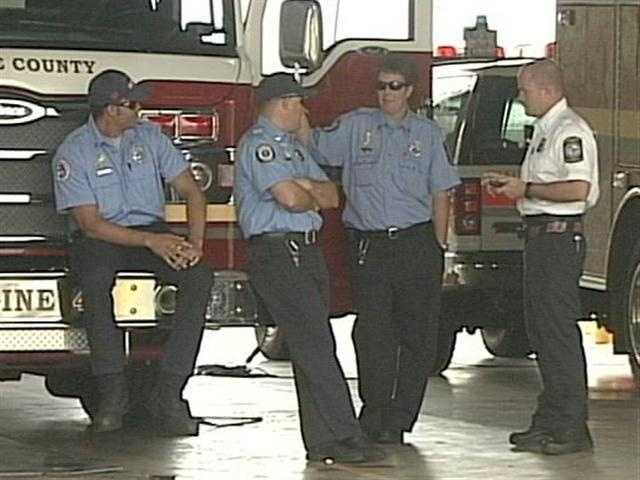 Police Look For Pair In Missing Firefighter Case