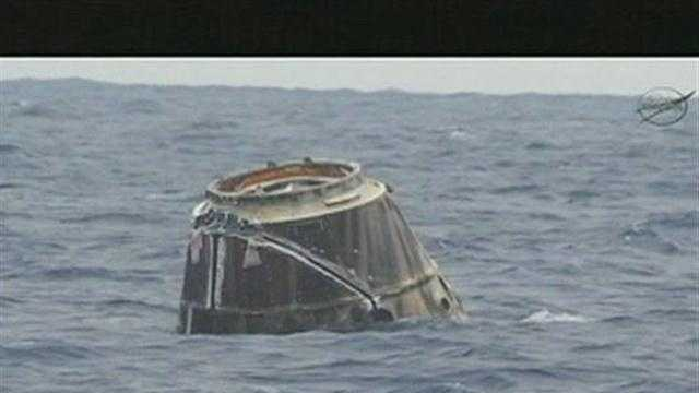 SpaceX Dragon capsule leaves ISS, splashes into Pacific