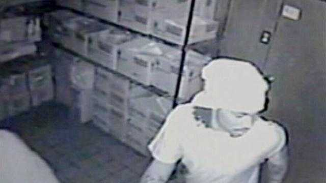 Taco Bell robbery caught on surveillance video