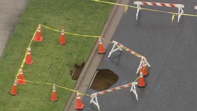 Growing sinkhole impacts Clermont homes