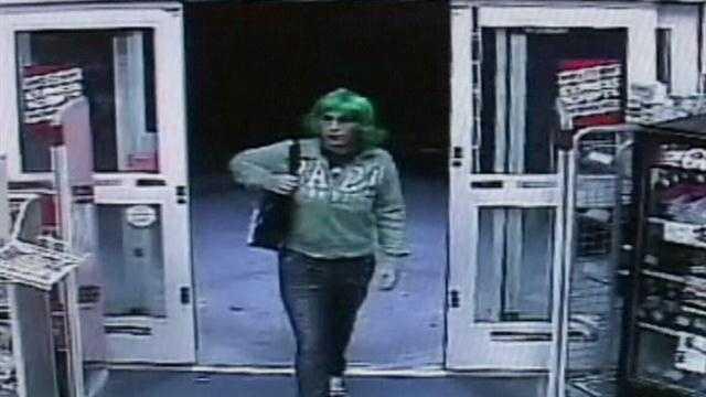 Deputies seek cross-dressing robber