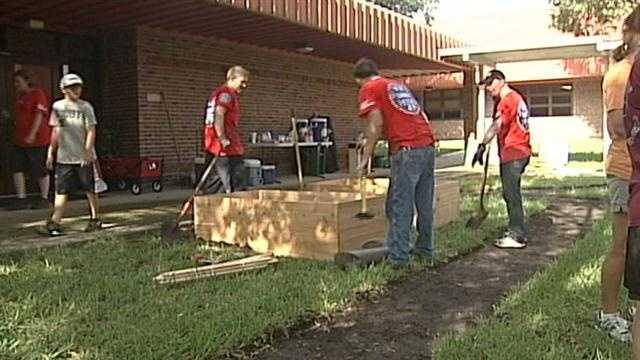 Oviedo school gets new outdoor classroom