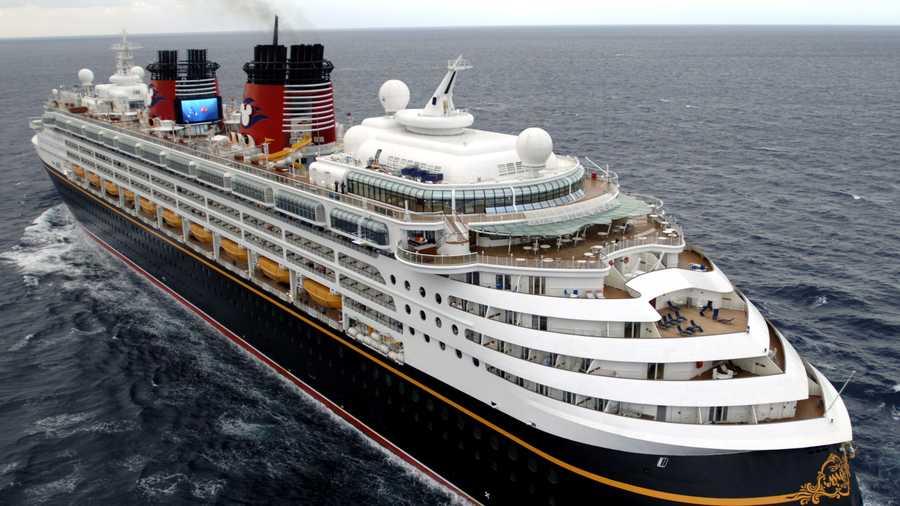 Disney Magic To Undergo Renovations - Pictures of the disney magic cruise ship