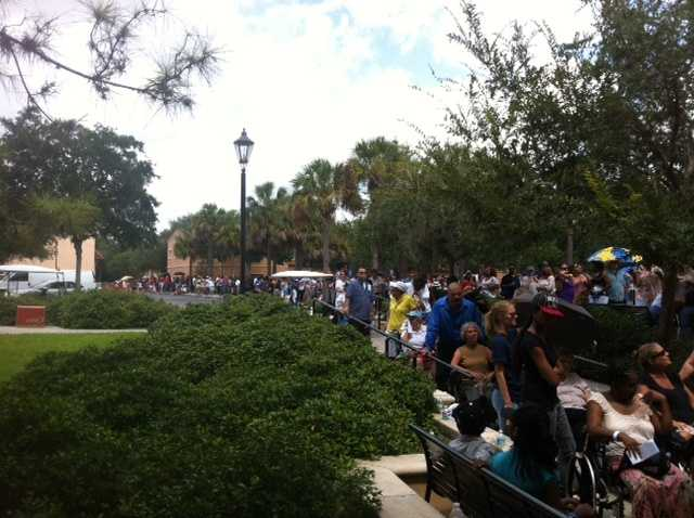 Long lines await people at Rollins College waiting for the president.