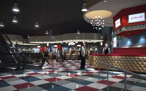 Officials said Splitsville will be unlike any other bowling alley, with a retro decor, escalators, flat-screen TVs and a family-friendly atmosphere.