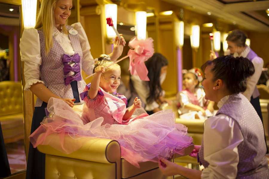 Young princesses can receive the princess make-over on board Disney Fantasy.