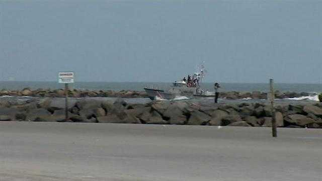 Massive search under way for man who jumped from ship