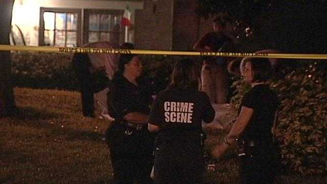 Police shoot and kill a robbery suspect and are looking for a second man after an incident in east Orlando.