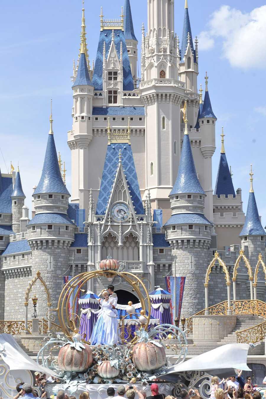 """Cinderella in the current """"Celebrate a Dream Come True"""" Parade."""