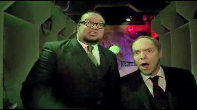 Penn and Teller give a first look at their Halloween Horror Nights haunted house.