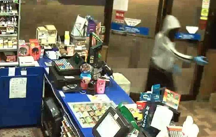 Police officers in Eustis say they need the public's help to nab the thieves responsible for convenience store robberies.