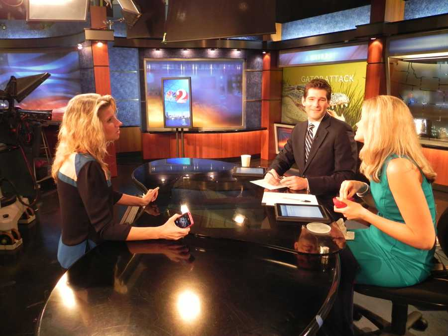 Sunrise executive producer Marcie talks with Jason and Meredith about what's coming up during a commercial break.