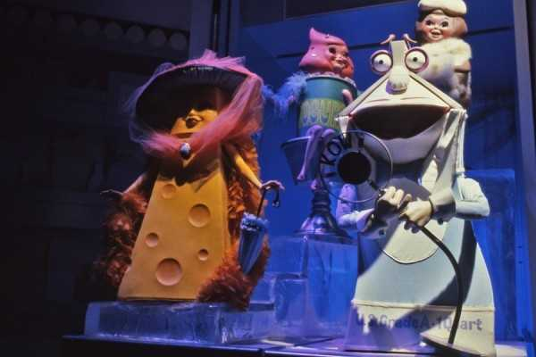 The attraction starred a cast of characters who sang, danced and told jokes to show that good nutrition was also fun.