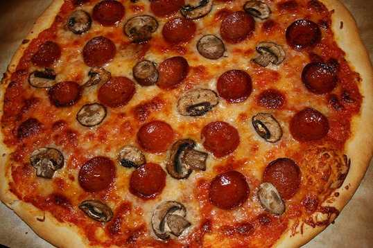 3. Anthony's Pizza - Casselberry
