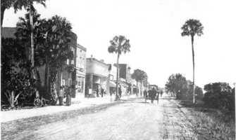 1900: Beach Street