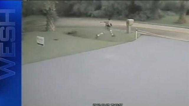 Search on for burglars in Palm Coast