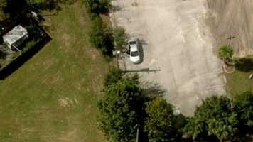 Bank robbery leads to chase: Only Chopper 2 captured a high-speed chase that followed a bank robbery in Volusia County. Watch the story.