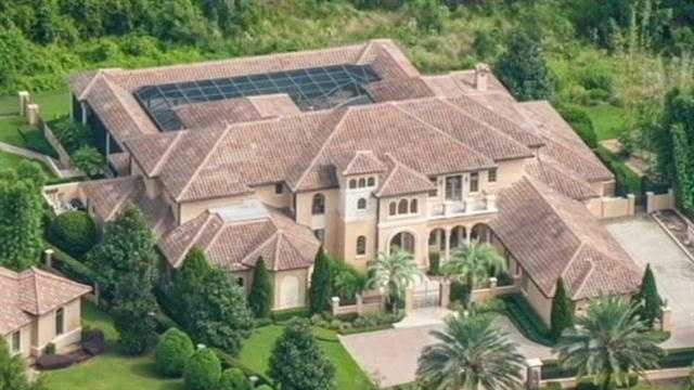 A Super Bowl champion's central Florida mansion was sold at auction Thursday.