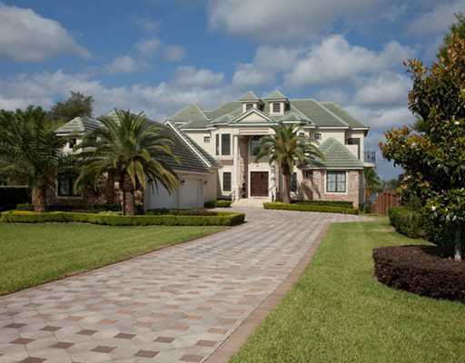 With over 8,000 square feet, this home offers 7 bedrooms, 9 bathrooms and so much more for $3.95 million in Orlando. This home is also featured on Realtor.com