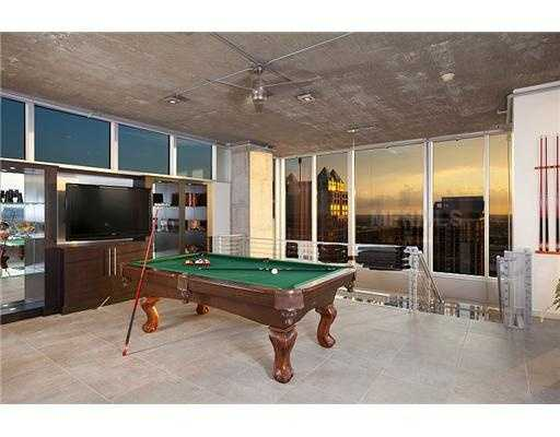 The lounge has enough room for a pool table.