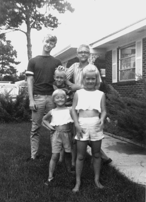1964: Boy - James, Girl - Lisa