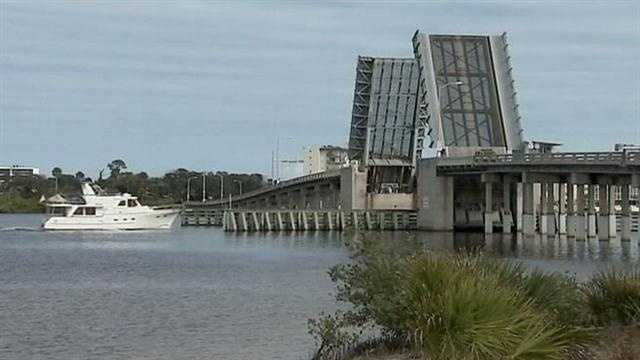 One of the few remaining draw bridges in Daytona Beach went up Friday afternoon and still isn't down -- it's broken.