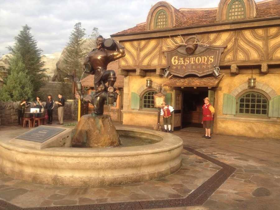 Gaston's Tavern welcomes guests for the first time.