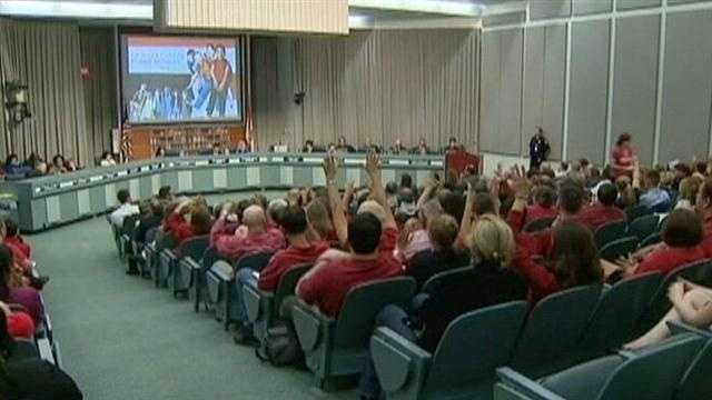 School board to add to anti-discrimination policy
