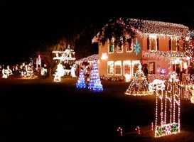 2007: A house in Melrose, Florida decorated for Christmas.