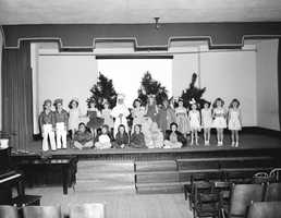 1949: Caroline Brevard Elementary School on stage for the Christmas pageant.
