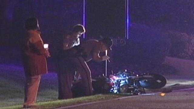 A man is killed when his motorcycle crashes in Orange County.