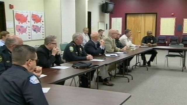 Leaders discuss to improve school security