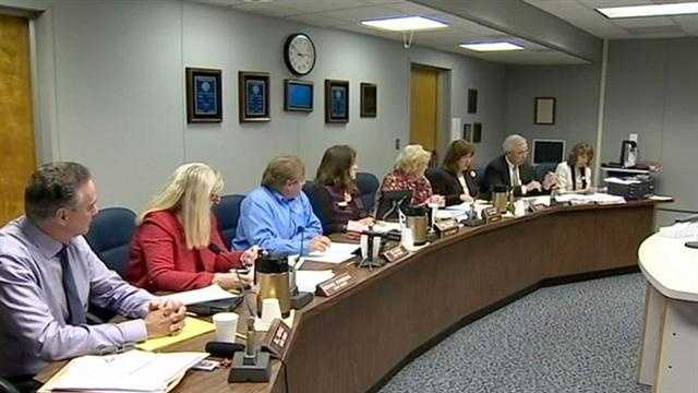 Lake County school leaders will be talking about arming teachers and principals at a meeting Monday.