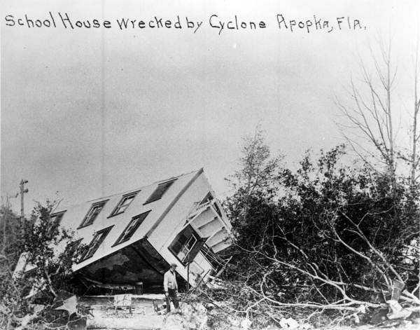 1918: A tornado destroys the Apopka school house on Jan. 11, 1918.