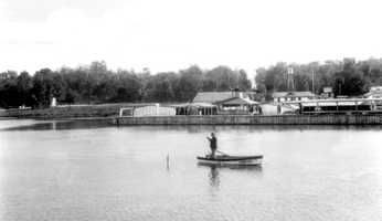 1945: Johnson Fish Camp on Lake Apopka