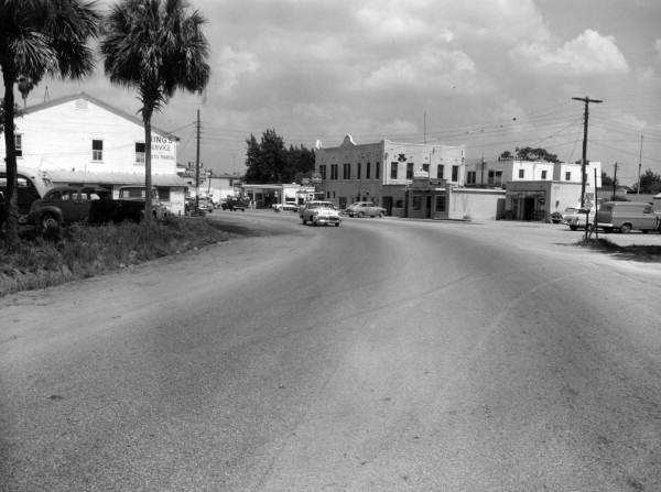 1956: Road 500 east of the city limits of Apopka
