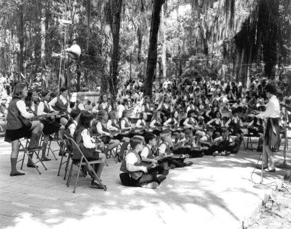 1970: Dream Lake Elementary School preforms at a Folk Festival
