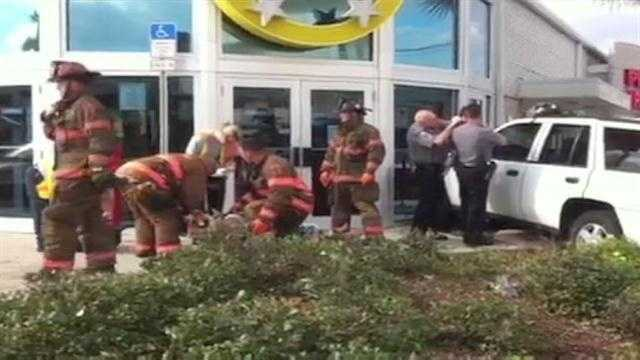 Raw Video: Car crashes into Daytona Beach building