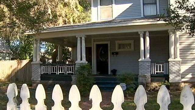 img-Woman fighting Sanford historic board over new roof