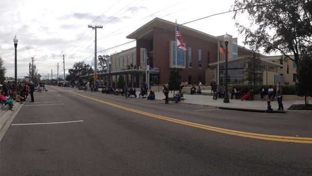 paradeslinestreetsinSanford.jpg