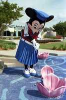 Did you know Minnie likes golf?  She played a round when Fantasia Gardens first opened.