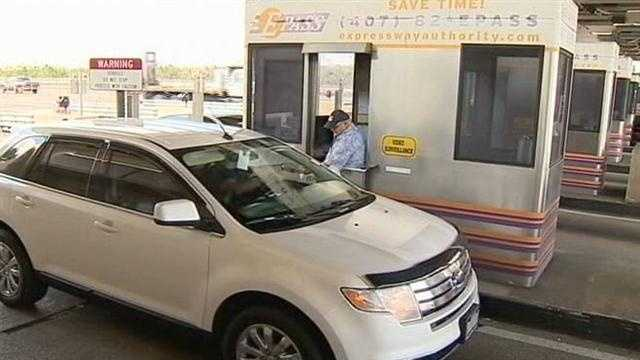 Could toll plaza near OIA be removed?