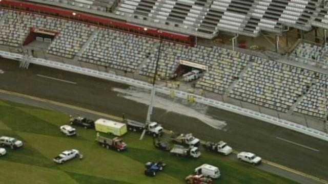 Daytona crash 5.jpg